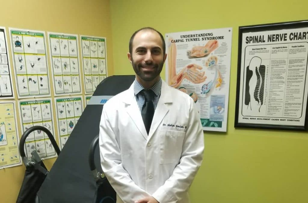 Pinched Nerve Doctor and Chiropractor in burbank Doctor Simian